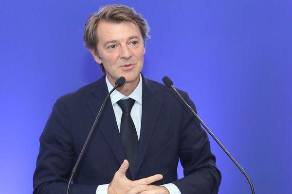 """""""Nous ne sommes pas des kamikazes sur le plan juridique,"""" avait prévenu le maire de Troyes et président de l'Association des maires de France, François Baroin"""