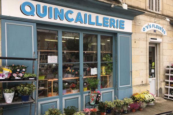 La quincaillerie de Mirambeau dans le sud de la Charente-Maritime existe depuis en 1876.