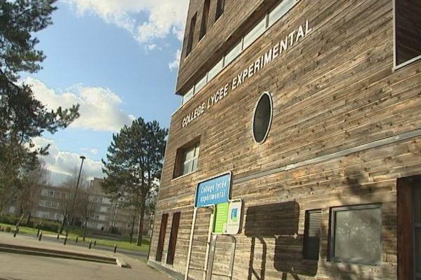 Le CLE : Collège lycée expérimental d'Hérouville St Clair (Calvados)