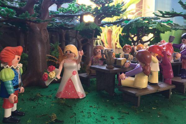 Une scène de banquet médiéval en Playmobil que l'on peut découvrir au château fort de Sedan à l'occasion d'une exposition jusqu'au 20 février 2019.
