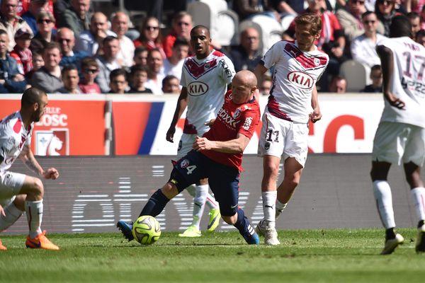 Bordeaux s'incline face au LOSC au Grand Stade de Villeneuve d'Ascq, le 19 avril 2015.