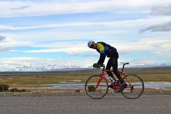 Gerard Le Moy, un Breton de 45 ans, a parcouru 5136 km à vélo sur la route 40, qui longe la Cordillère des Andes.