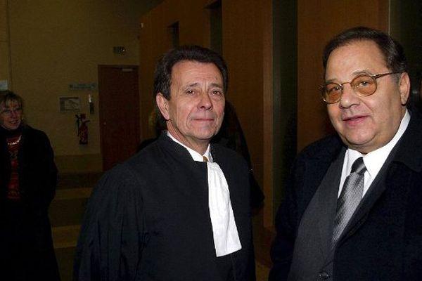 Roland Povinelli, le maire socialiste d'Allauch avec son avocat Michel Pezet (archives)
