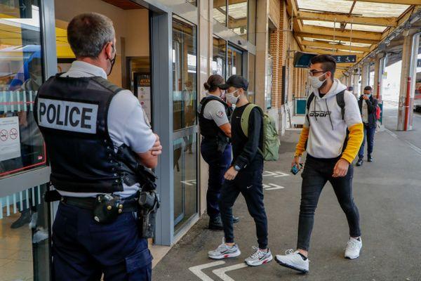 Policiers municipaux, armés, à Belfort
