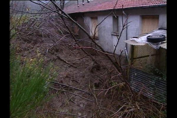 Quatre membres d'une même famille se sont retrouvés piégés par une coulée de boue à Labastide-Rouairoux.