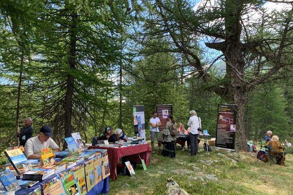Dimanche 9 août, le festival du livre de la Haute-Tinée se tenait à Saint-Dalmas-le-Selvage