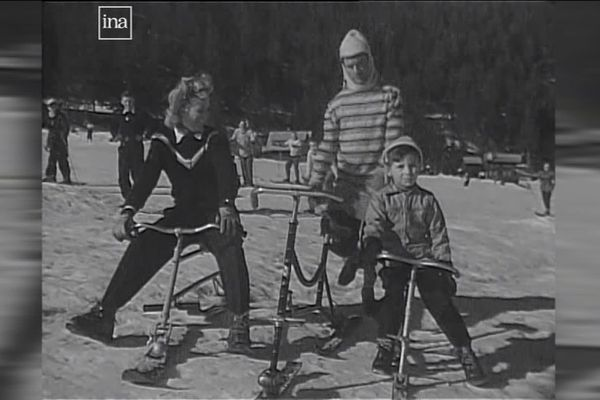Présentation du vélo-ski à Chamonix en 1947