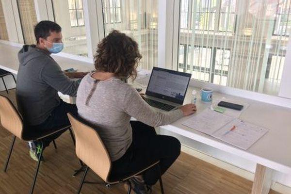 """Espace de coworking à """"La Station"""" de Saint-Omer"""