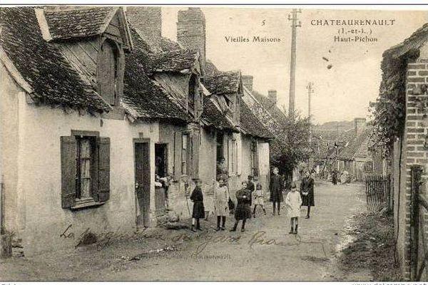 Château-Renault (37) vieilles maisons dans le quartier du Haut-Pichon