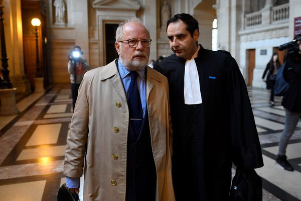Samuel Sandler avec son avocat Maître Elie Korchia