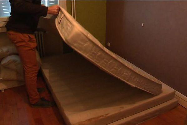 Inspection d'un logement infesté de punaises de lit