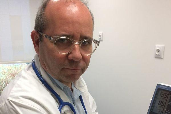 Thierry Prazuck, chef du service des maladies infectieuses au CHR d'Orléans