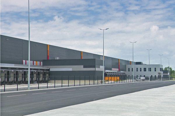 Juillet 2021 : ouverture d'un nouveau et immense entrepôt logistique sur le port du Havre