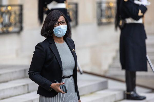 Élisabeth Moreno à la sortie du conseil des ministres, le 6 janvier 2021.