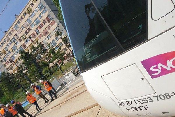 Premiers essais Tram T4 à Clichy-Montfermeil (93)