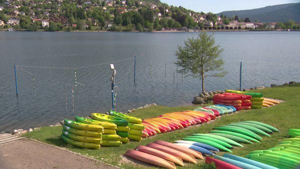 Faire de l'aviron sur le lac de Gérardmer est pour l'heure interdit sauf autorisation préfectorale