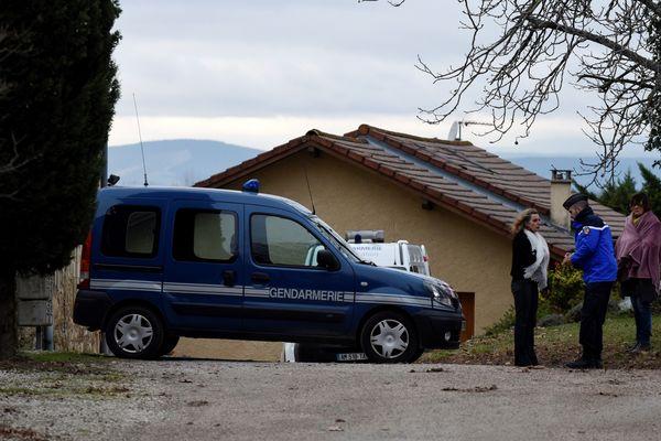 Le couple de septuagénaire, Marie-Thérèse et Bernard Philibert, est retrouvé mort le 26 décembre 2016 à son domicile de Montvendre (Drôme).