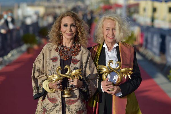 Marisa Berenson et Brigitte Fossey ont reçu un Swann d'honneur lors de la 35e édition du festival du film de Cabourg, le 12 juin 2021.