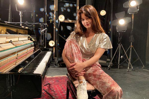 Louise Combier en piano solo pour #studio3