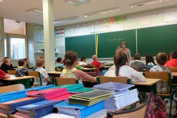 France 3 a assisté à la rentrée scolaire de l'école de Ceyrat d'Espartignac.