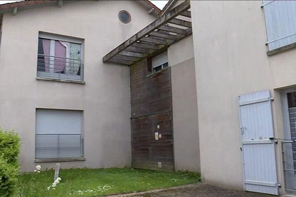 A Saint-Jouvent, la gestion d'une douzaine de logements sociaux par Dom'aulim est pointée du doigt par les locataires.