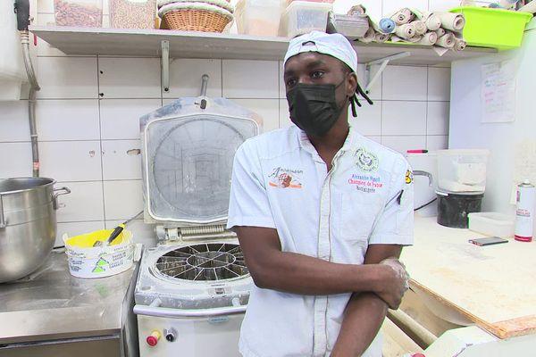 Une pétition a été créée pour que Lamine Diaby reste en France