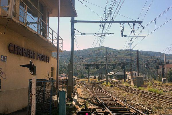 La gare de Cerbère à la frontière espagnole dans les Pyrénées-Orientales