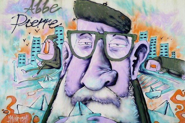 Inauguration de l'espace Street art au Centre Emmaus Abbe Pierre à Esteville pour les Journées du patrimoine 2017
