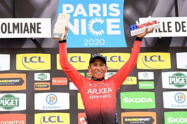Le Colombien Nairo Quintana (Arkea Samsic) sur la plus haute marche du podium de cette 6e étape du Paris-Nice 2020 - 14/03/2020