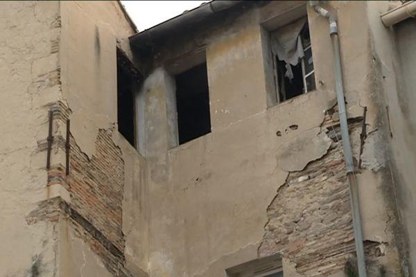 Poursuivis pour la location de logements indignes à Marseille, deux propriétaires ont été condamnés lundi matin à de la prison ferme et à d'importantes amendes.