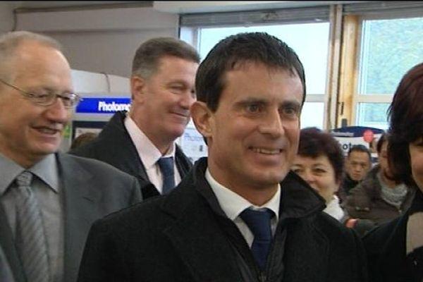 Manuel Valls lors d'une visite à Chambéry en 2013