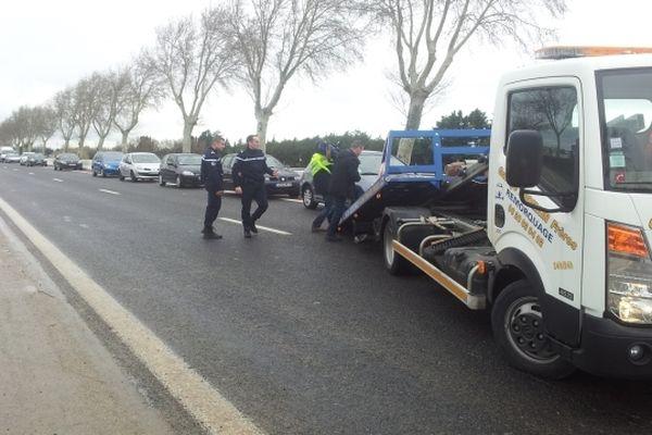 Perpignan - la pénétrante nord toujours fermée à la circulation est en cours de dégagement - 7 mars 2013