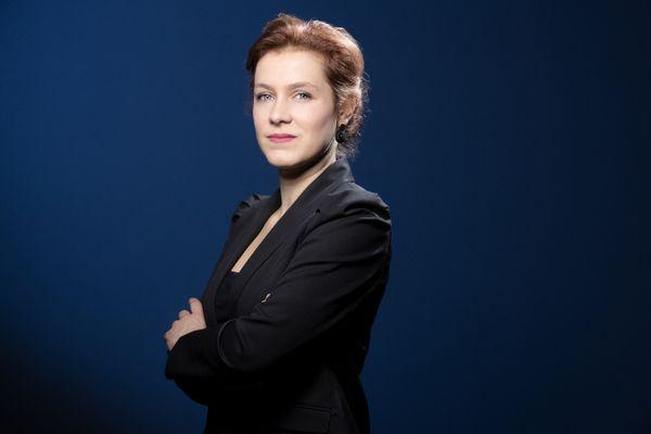 La maire de Poitiers (EELV), Léonore Moncond'huy, pose pour un portrait à Paris le 7 décembre 2020.