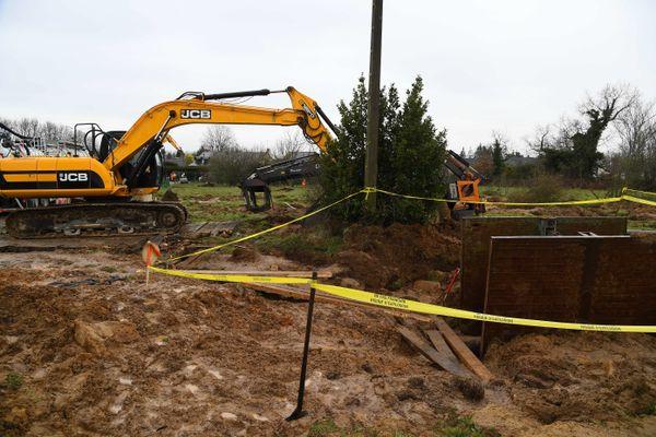 Les travaux sur le pipeline Donges-Metz-Melun endommagé le 15 février 2021 à Etriché dans le Maine-et-Loire