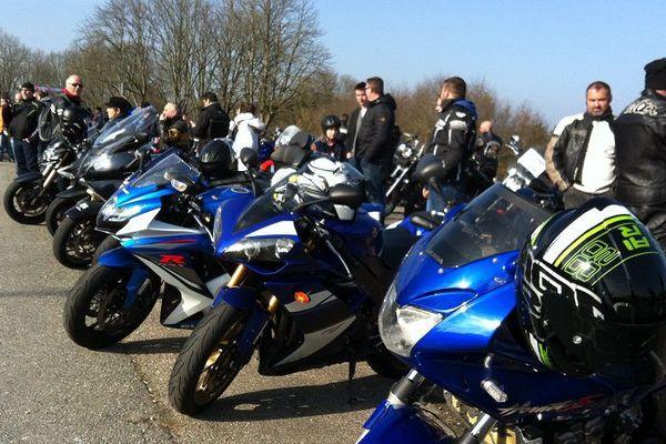 Rassemblement des motards devant le parc des expositions de Limoges