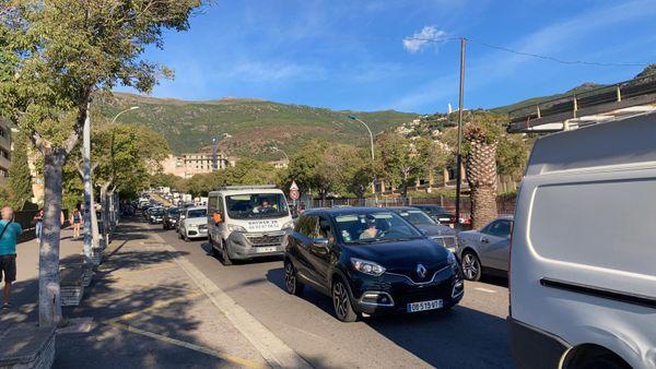 Les Bastiaises et les Bastiais craignent que la fermeture du tunnel en février prochain n'ait de graves effets sur la circulation en ville.