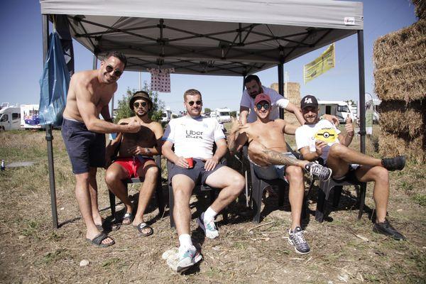 Equipe Breuil-Magné Football Club : Fabien (n°6), Antonin (N°9), Yohann (n°4), Jordan (n°5), Romain (n°10), Kevin (coach).