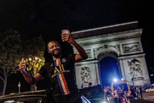 Des milliers de personnes pourraient investir les Champs-Elysées en cas de victoire du PSG en finale de Ligue des Champions.