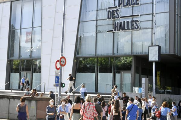 La Place des Halles à Strasbourg, comme les autres centres commerciaux du Bas-Rhin n'a jamais été concerné par le pass sanitaire.