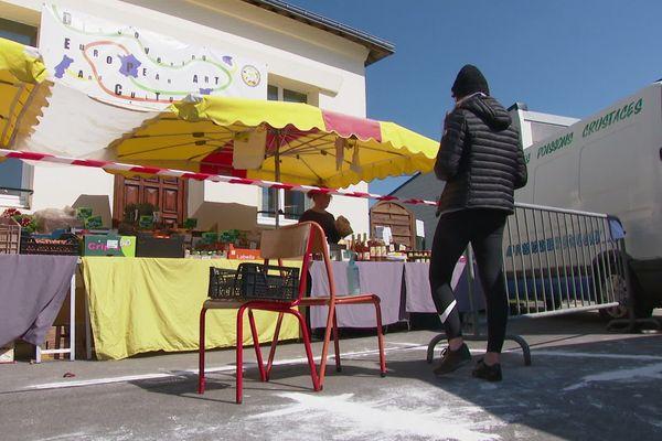 Mannevillette, 900 habitants, a été autorisé à ouvrir à nouveau le marché