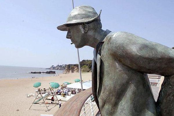 28° prévus ce 10 juillet, Mr Hulot reste de bronze à Saint-Marc-sur-Mer
