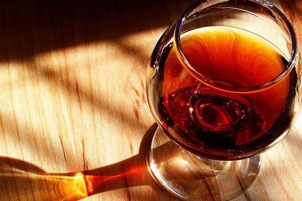 Un verre de pineau des Charentes