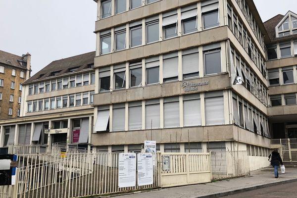 Les locaux de l'ancienne Caisse Primaire d'Assurance Maladie à Dijon, Rue du Dr Maret, vont devenir un hôtel