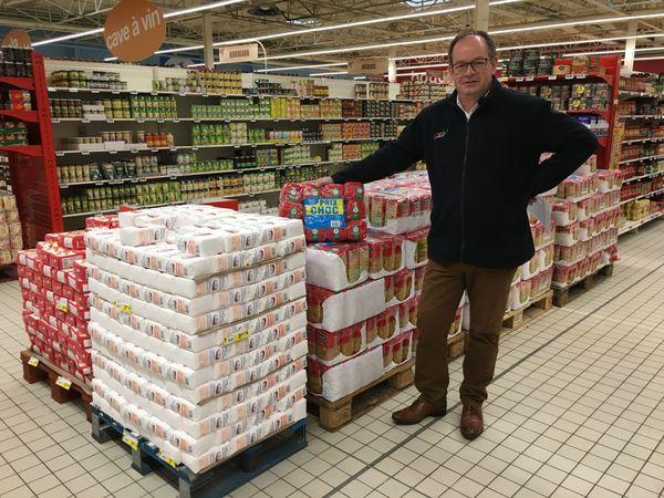 Pour les hypermarchés, la mission est de fournir au quotidien les aliments de base, tout en rassurant la clientèle. Cora Villers Semeuse. Ardennes