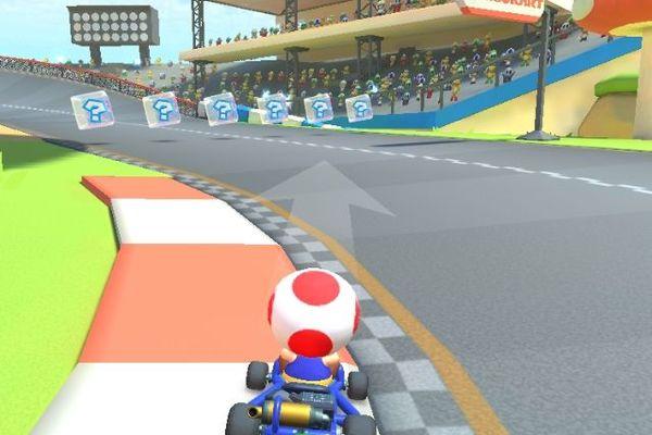 Les bases de Mario Kart sont bien sûr présentes dans cet opus, comme la célèbre carapace verte.
