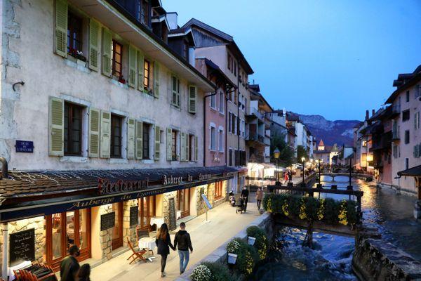 A Annecy les commerçant souffrent de l'absence de la clientèle étrangère et redoutent un troisième confinement.