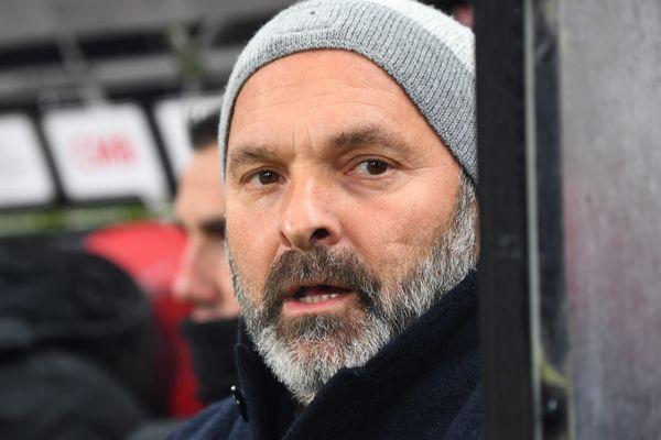Le coach du SM Caen, Pascal Dupraz