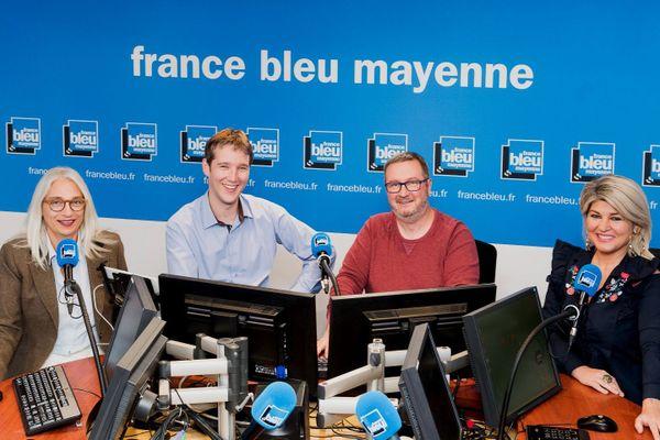 L'équipe de la matinale, de gauche à droite : Armelle Rocque, journaliste - Gauthier Paturo, animateur - Philippe Guitton, animateur et Stéphanie Denevault, journaliste