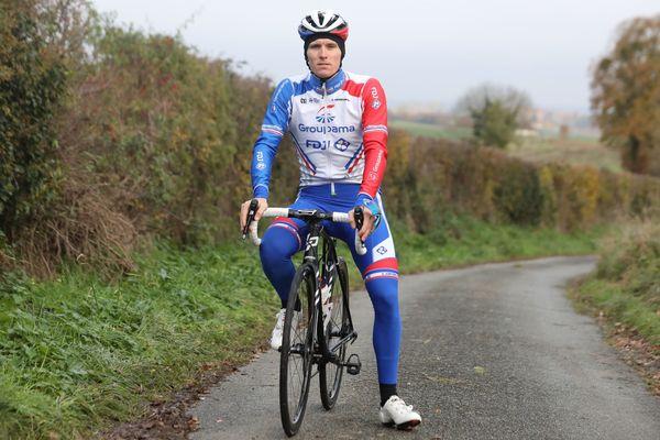 Arnaud Démare s'est blessé au poignet à peine une semaine après la reprise de l'entraînement sur route.