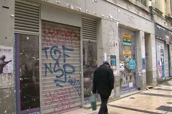 Un centre-ville sinistré à Avignon.